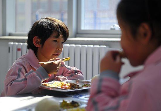 哇卡呀解决了193万中小学生的基础营养保障问题