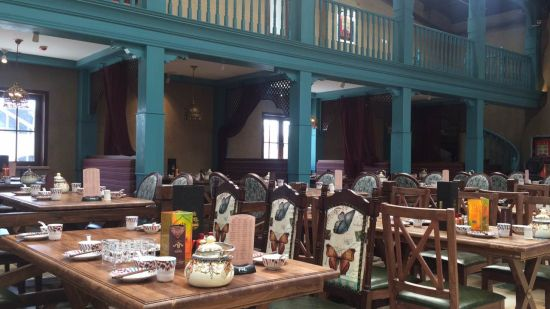 牧羊先生餐厅内部